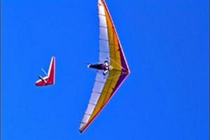 Hang Gliding in Arkansas_-6266531757864957453