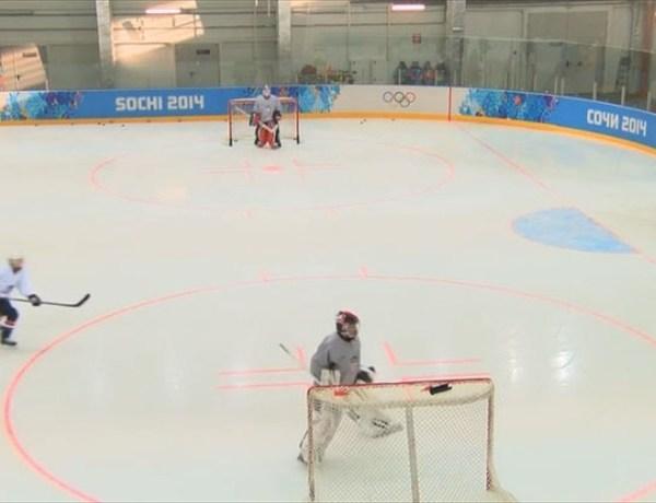 US Women's Hockey Practice_2780389992173030172