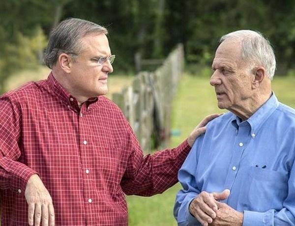 U.S. Sen. Mark Pryor and his father, former U.S. Sen. David Pryor_-1967113235709997276