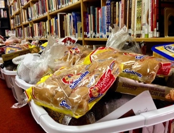 Thanksgiving food baskets in El Dorado_7723590544131771934