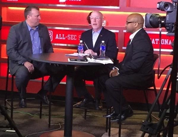 Bielema talks signing day on ESPN2._-427502976996327083