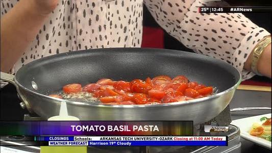 Tomato Basil Pasta_8868103631767359471