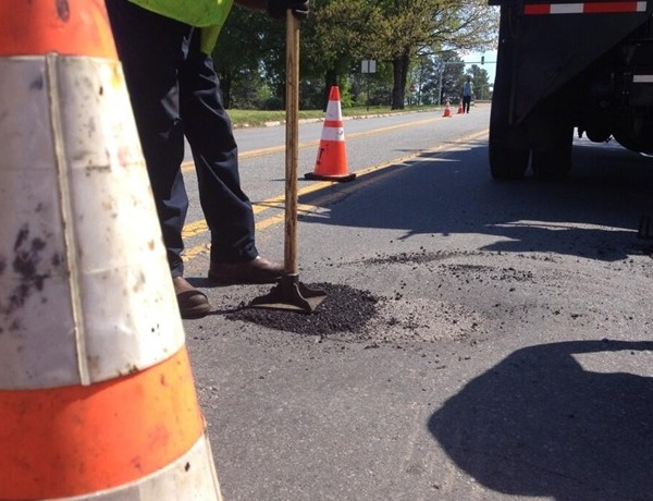 Potholes_-8967794565867682917