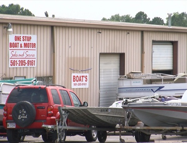One Stop Boat and Motor in Conway. Former customers upset with what they called unethical practices._-1669634075821453824