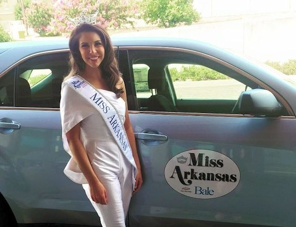 Miss Arkansas 2015 Loren McDaniel_-2339375553587820916