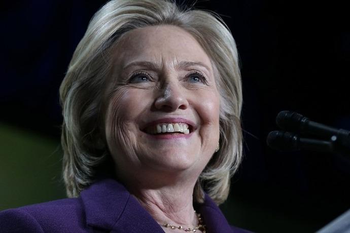 Hillary Clinton_1444765793059226831