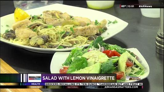 Salad with Lemon Vinaigrette_-1687355748130861249