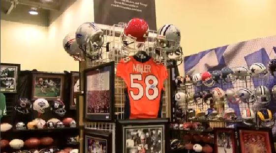 Merchandise_frenzy_at_super_bowl_1454701549329.JPG