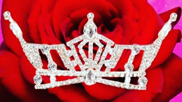 Miss Arkansas crown