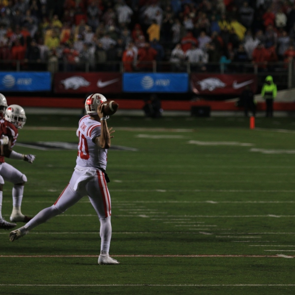 Ta'amu throws on run vs Arkansas.JPG