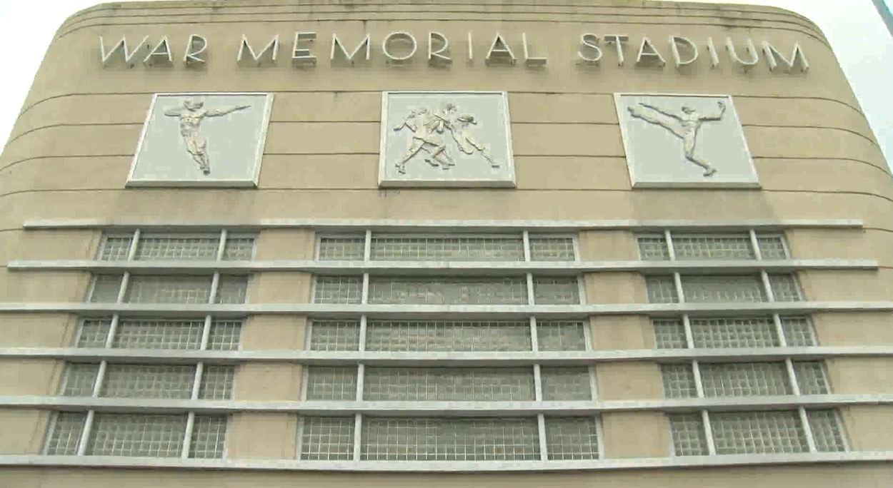 War Memorial Stadium Pic_1535481650068.JPG-118809318.jpg