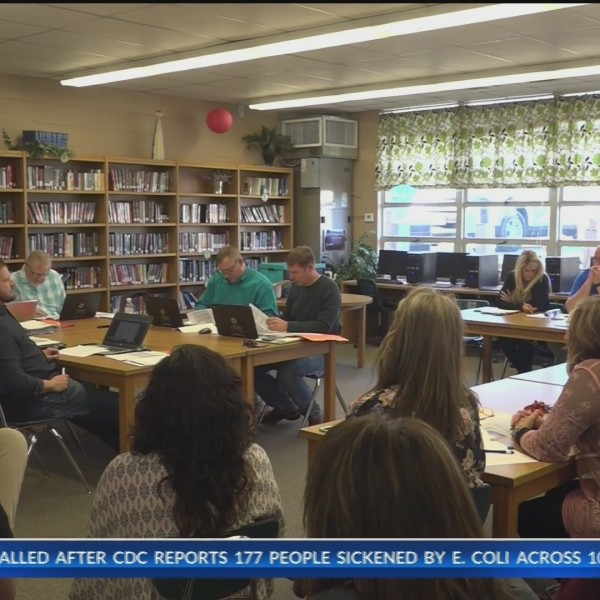 Valley_Springs_school_board_meeting_rega_0_20190428225123