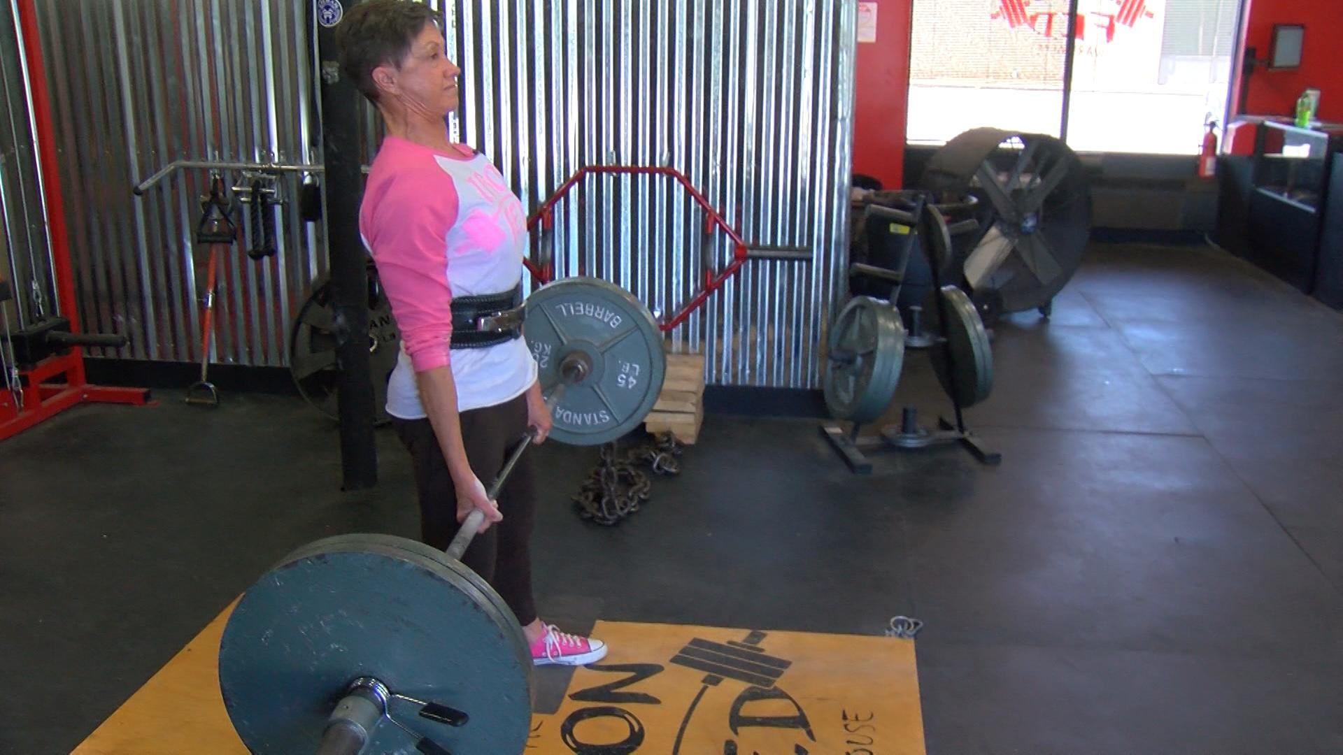 Granny Hulk', 69, finds motivation lifting 300+ pounds