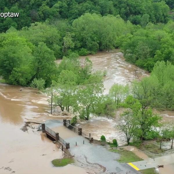 Drone_Video_of_Lake_Bella_Vista_Flooding_0_20190501160617-60106293