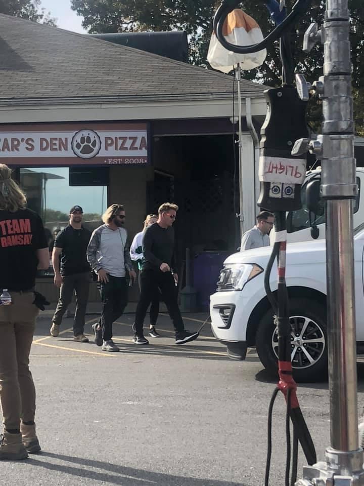 Arkansas Restaurant Sees Wrath Of Gordon Ramsay Bear S Den Has Fancier Menu Kark